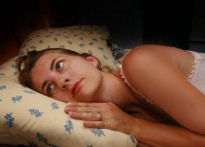 Какие симптомы у бессонницы
