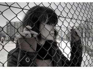 Причины возникновения депрессии у девушек