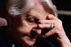 Причины возникновения депрессии у стариков