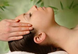 Массаж головы как средство от мигрени