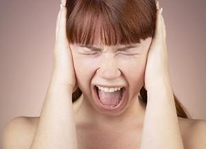 Почему у женщин возникает психоз